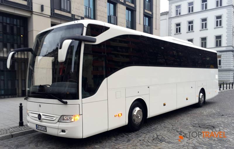 Top Travel wynajem autokarów Warszawa Mercedes Tourismo